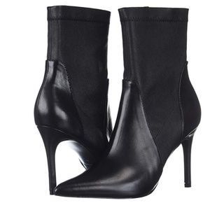 Charles David Women's Laurent Ankle Boot, Black